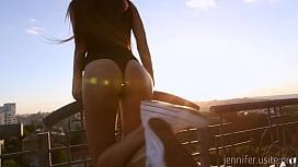 Sexy girl shows her sweet ass - jennifer.usite.pro