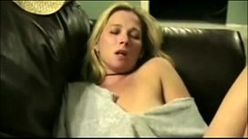 Amateur Wife Making her Wet Pussy Cum