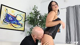 Round ass babe gets fucked roughly by Derrick Pierce
