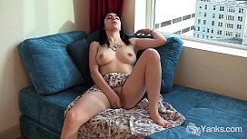 Sexy Yanks Luciferra Volkov Toys Her Twat