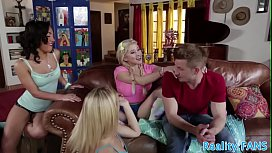 Gorgeous teen anally pounded by stepdad