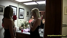 Ms Paris and Her Amateur Theater &quot_3 Girls&quot_