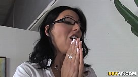 Horny Cougar Zoe Holloway Wants Her Patient'_s BBC