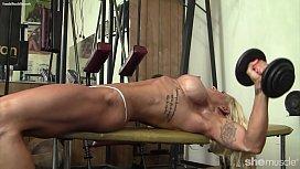 Pro Female Bodybuilder Big Tits Nice Pussy