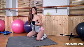Gym fuck with teenage babe Jenny grants you detailed insight into wet pussy