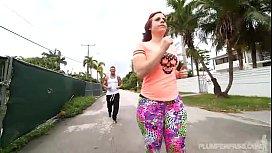 PAWG Virgo Peridot Shows Off Her Huge Ass Jogging
