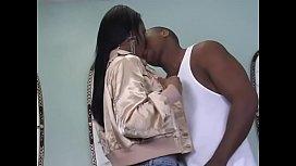 Ebony bitch Vanessa sucks a hot dong then gets her twat fucked