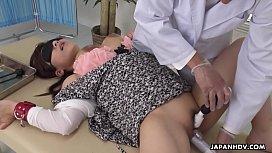Japanese babe, Satomi Katayama sucks dicks, uncensored