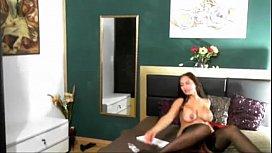 hot mature babe with dildo - hotcam-girls.com