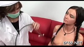 Video porno piscine lesbienne