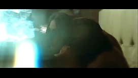 Kareena kapoor sex with arjun rampal in movie heroine with bold intimate scene