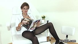 Unfaithful english milf lady sonia pops out her heavy jugs