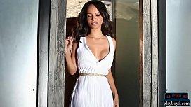 Ebony MILF model Amina Malakona shows us her curves