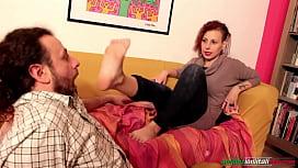 Amanda VS Ale BareFoot Licking Domination