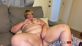 Mature Blonde BBW Masturbates with Toys on Webcam