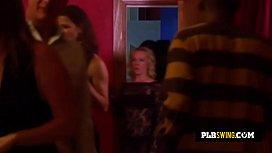 Porno lesbo couple fait maison