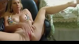 Horny MILF masturbating and talking dirty on her chatroom
