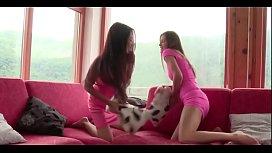 Sexy Tall Lesbians on hott9.com