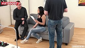 VIP SEX VAULT - Coco de Mal Squirts Hardcore in her First Porn
