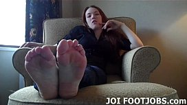 I need someone to suck on my toes