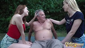 Grandpa 70 years old fucks young 18 yo girls licks pussy and cums on tits