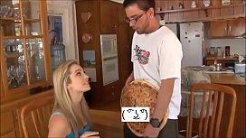 Amazing real joke, she naked order pizza! www.pizzacamboy.com