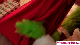 &quot_This Is The Worst Christmas Ever!&quot_ Cindy Lou Saves Christmas For Step Bro
