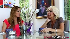 Old stepmom lesbo licked