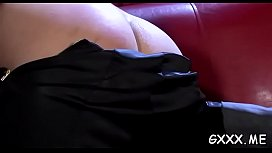 Mature babe gets cookie worked