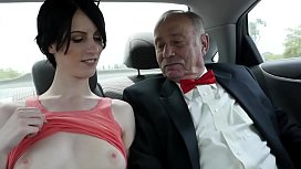 Hot chick with nice pussy gets fucked