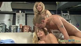 Mom and daughter threesome 0286