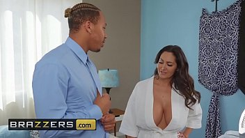 Mommy Got Boobs Ava Addams Ricky Johnson Seduced By His Stepmom Brazzers