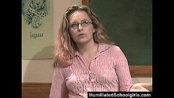 นักเรียนเล่นเสียวกับควยน่าเย็ดสาวสวยฝรั่ง