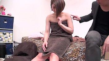 昼間から泥酔している関西弁姉ちゃん(24歳Eカップ)をナンパして柔らかい乳首の味見をさせてもらいました! 河合あずさ 2