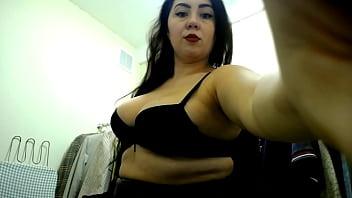 Hot curvy milf get wild in wardrobe and masturbate pussy for hard orgasm!