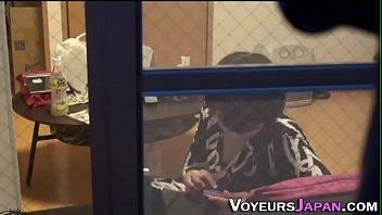 Japanese lesbo fingers 10分钟