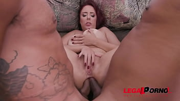 Streaming Video Busty milf Mary RedQueen gets her holes stuffed in 3on1 with DP & DAP YE053 - XLXX.video