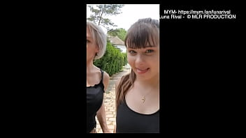 Streaming Video Luna Rival Exib in a park with a girlfriend - XLXX.video