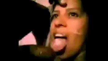Sexy x-mas La secretaria vanessa mireles en video porno en las oficinas de fomento social con sus compañeros del trabajo la muy zorra y la graban sus compañeros para luego exhibirla x internet