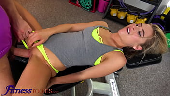 Fitness Rooms Sexy athletic blonde Lindsey Cruz squirts on lucky pervert wild gym sex