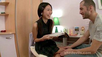 Scary skinny Asian girl banged 25 min