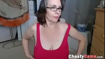 Older women nice tits