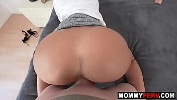 Horny Stepmom Gives Handjob To Wake Up Son