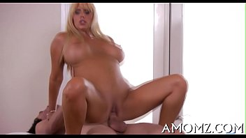 Addicted mature in a sexy action