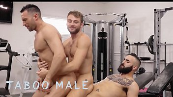"""Threesome Bareback Sex In The Gym By Hot Men (Colby Tucker, Max Adonis, Zaddy) - Taboomale <span class=""""duration"""">11 min</span>"""