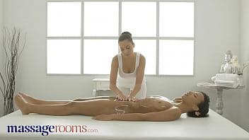 Massage Rooms Interracial lesbians scissoring Sabrisse and ebony Dutch babe