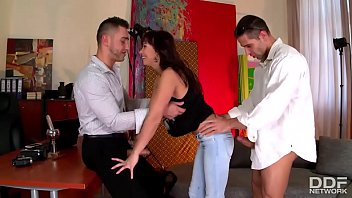 Gapping hole thumbs Alysa gap comes in for audition and gets stuffed with hard cock