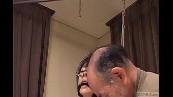 Subtitled bizarre CMNF Japanese nose hook BDSM spanking9-20170505 5 min