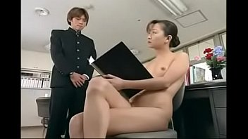 japanese naked schoolgirls preview image