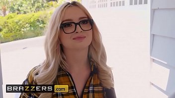 Streaming Video Teens like it BIG - (Lexi Lore, Keiran Lee) - Size Stamina - Brazzers - XLXX.video